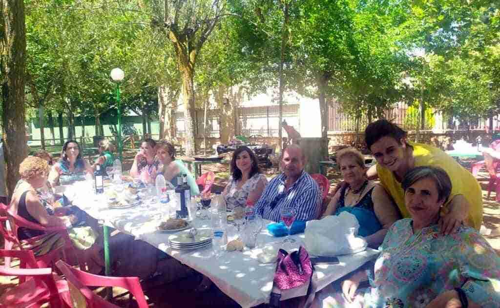 Jornada de convivencia de asociaciones de mujeres de Villarrubia de los Ojos en Lagunas de Ruidera 7