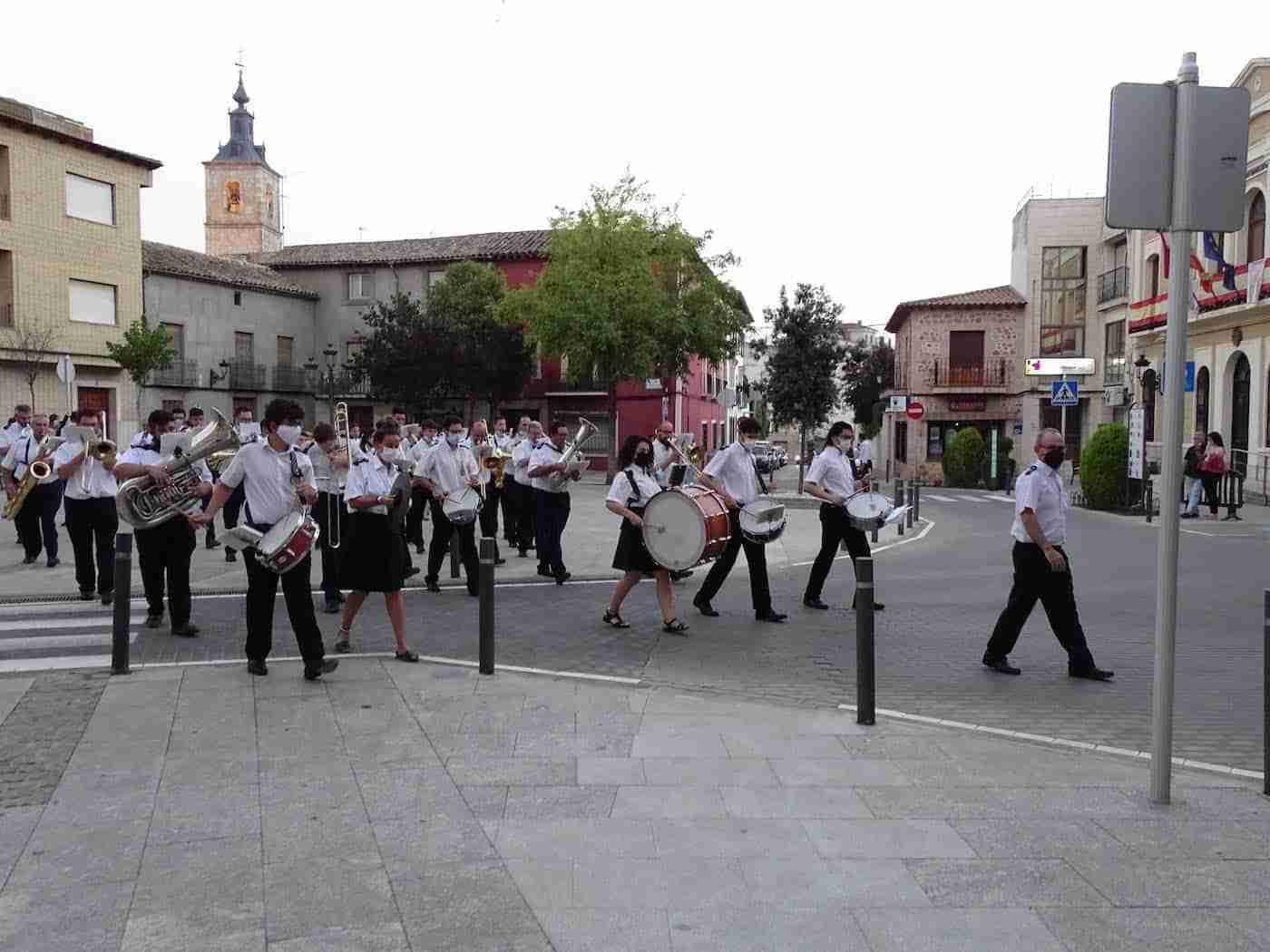 Quintanar inaugura sus fiestas patronales con un pasacalles de la Banda Sinfónica Municipal 11