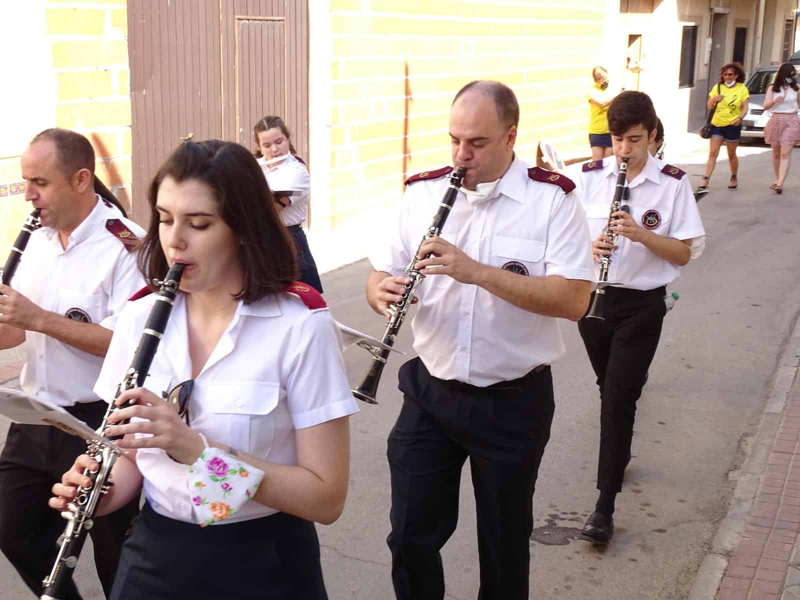 La UMQ lleva la música festiva por las calles de Quintanar de la Orden 14