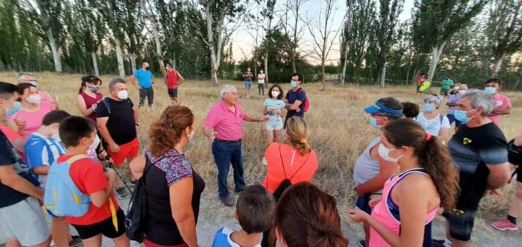 """Ruta de senderismo """"Historias y secretos del río Cigüela"""", más de 90 personas disfrutaron del atractivo en Villarrubia de los Ojos 3"""