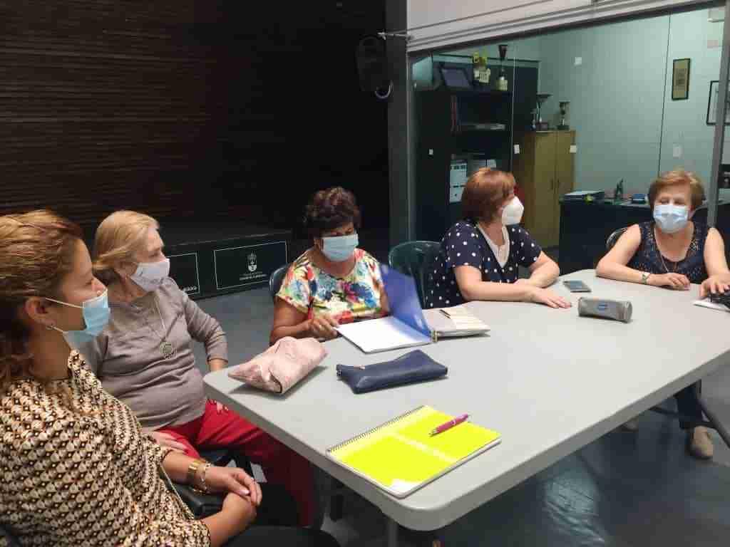 """""""Café con historias"""" actividad de memoria colectiva a cargo de la Asociación de amas de casa de Corral de Calatrava 13"""