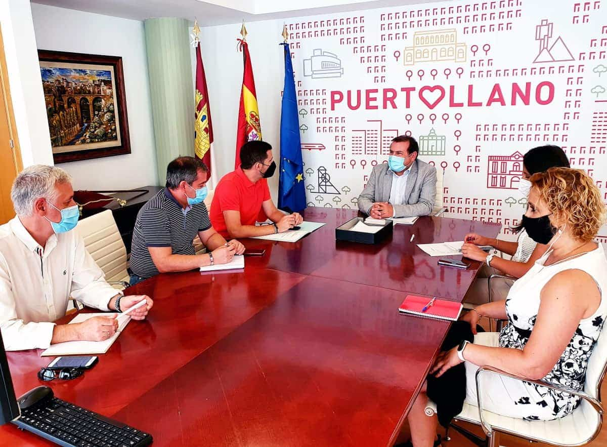 delegacion amiab visita al alcalde de puertollano