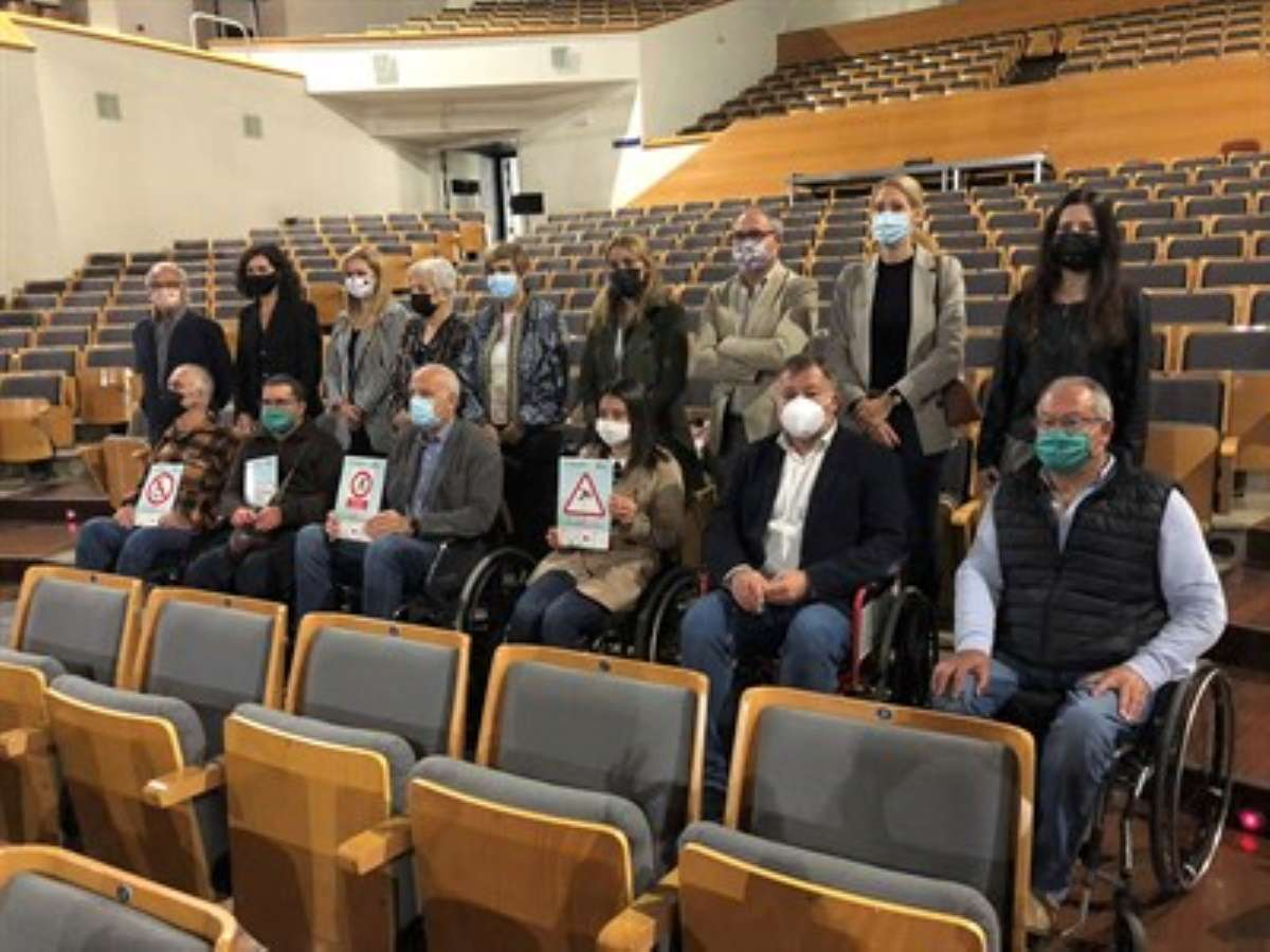 representantes de aspaym visitaron auditorio jose luis perales cuenca